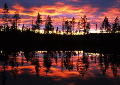 WU_Landschaft Schweden Abendrot am See