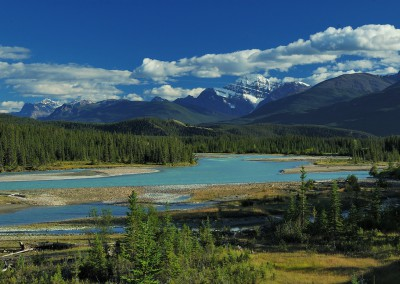 AT_Athabasca_River